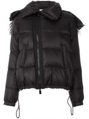 Дутая куртка Sacai. Цвет: чёрный