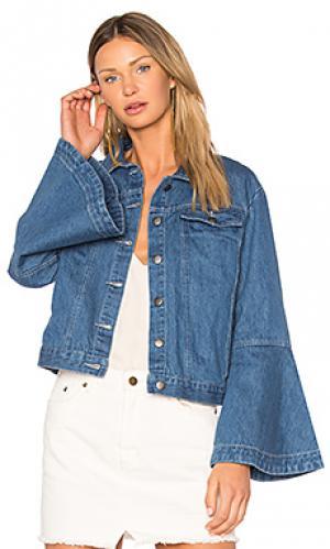Джинсовая куртка с расклешенным низом рукавов EDIT. Цвет: none