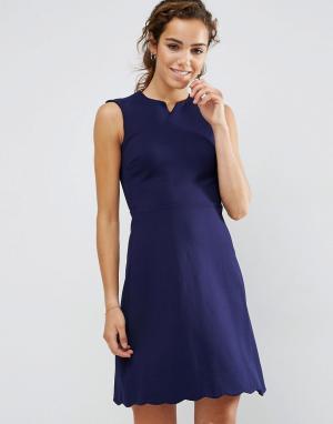 Darling Приталенное платье. Цвет: темно-синий
