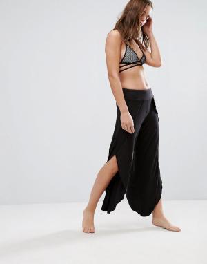 Lira Пляжные брюки с разрезами по бокам. Цвет: черный