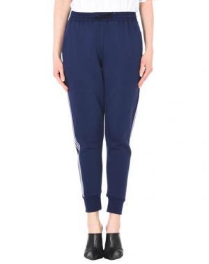 Повседневные брюки ÊTRE CÉCILE. Цвет: синий