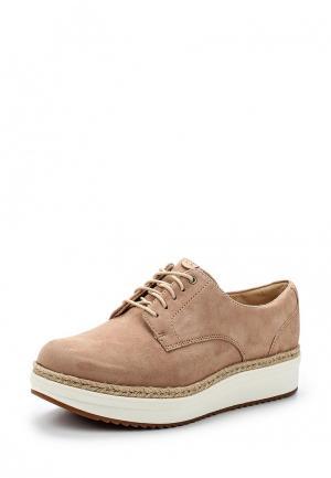 Ботинки Clarks. Цвет: бежевый