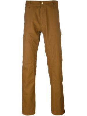 Прямые брюки Carhartt. Цвет: коричневый