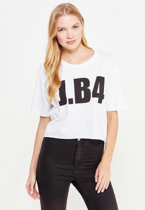 Футболка J.B4. Цвет: белый