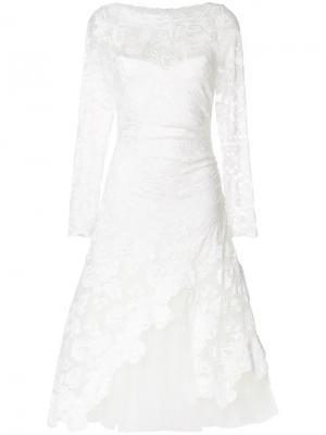 Расклешенное платье с кружевной вышивкой Olvi´S. Цвет: белый