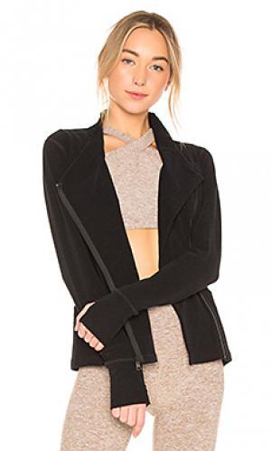 Куртка daytripping Beyond Yoga. Цвет: черный