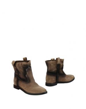 Полусапоги и высокие ботинки LEONARDO PRINCIPI. Цвет: хаки