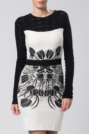 Платье Sassofono. Цвет: белый