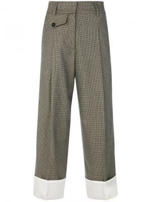 Укороченные твидовые брюки Maison Flaneur. Цвет: коричневый