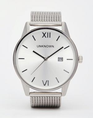 UNKNOWN Серебристые часы с сетчатым ремешком. Цвет: серебряный