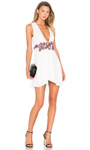 Платье like you NBD. Цвет: белый