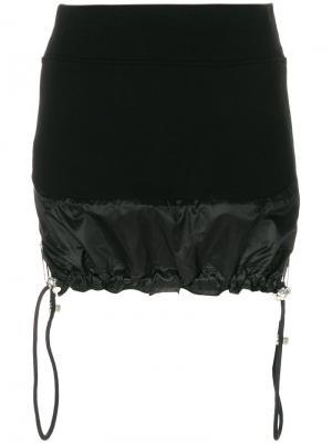 Юбка-мини с подолом на шнурке в стиле парашюта Versus. Цвет: чёрный
