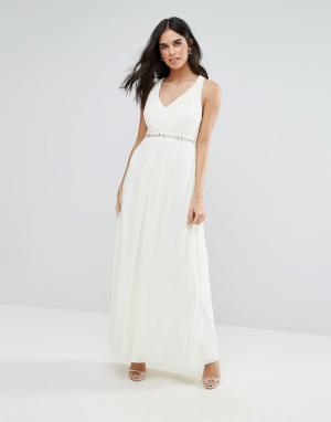 Uttam Boutique Платье макси с декоративной отделкой. Цвет: кремовый