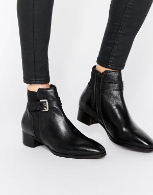 Ravel Кожаные ботинки челси с ремешком и пряжкой. Цвет: черный