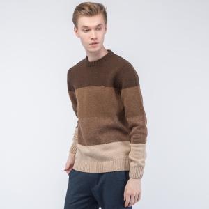 Пуловер Lacoste. Цвет: none