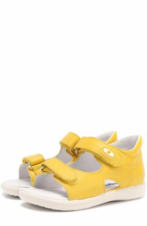 Кожаные сандалии с застежками велькро Falcotto. Цвет: желтый