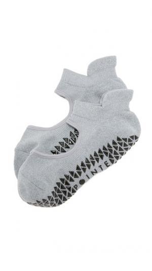 Спортивные нескользящие носки Josie Studio Pointe. Цвет: серый меланж