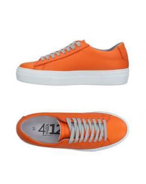 Низкие кеды и кроссовки QUATTROBARRADODICI. Цвет: оранжевый