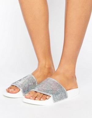THEWHITEBRAND Серебристые сандалии с голографической отделкой пайетками WhiteBran. Цвет: серебряный