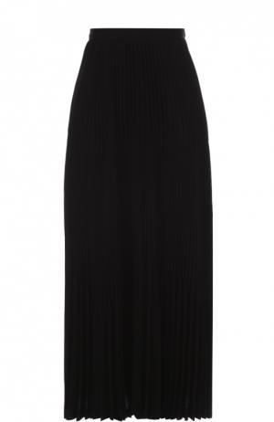 Плиссированная юбка-макси Theory. Цвет: черный