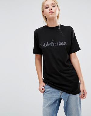 This Is Welcome Классическая футболка с логотипом. Цвет: черный