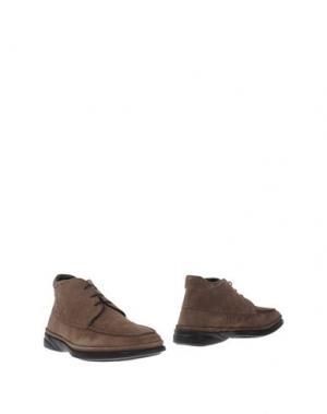 Полусапоги и высокие ботинки SAMSONITE FOOTWEAR. Цвет: хаки