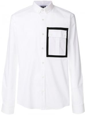 Рубашка с контрастным карманом Les Hommes Urban. Цвет: белый