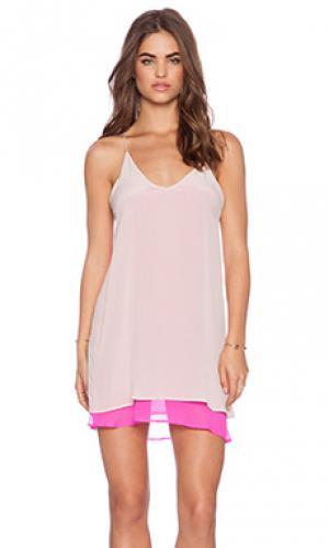 Мини платье tangled May.. Цвет: розовый
