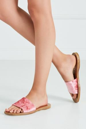 Сандалии из бархата Prada. Цвет: розовый