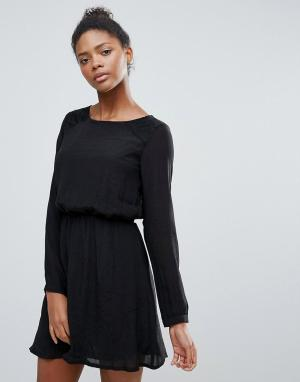 Vila Короткое приталенное платье с длинными рукавами. Цвет: черный