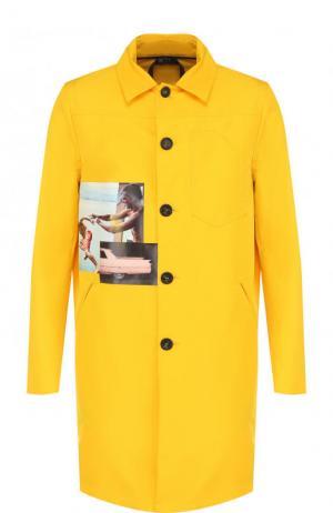 Однобортное пальто на пуговицах с принтом No. 21. Цвет: желтый