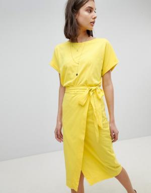 BA&SH Трикотажное платье. Цвет: желтый