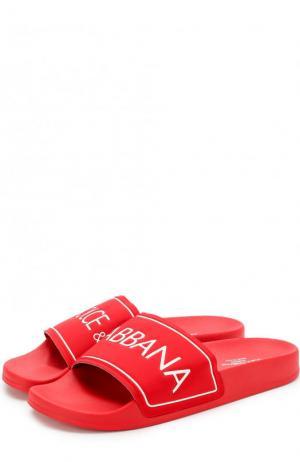 Резиновые шлепанцы с логотипом бренда Dolce & Gabbana. Цвет: красный