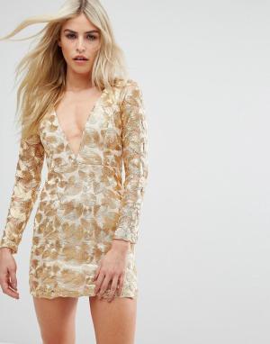 Love Triangle Платье мини с V-образным вырезом и отделкой металлик. Цвет: золотой