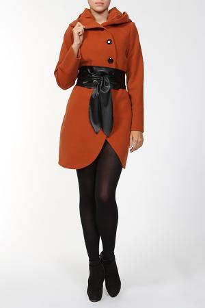 Пальто World Style. Цвет: коричневый