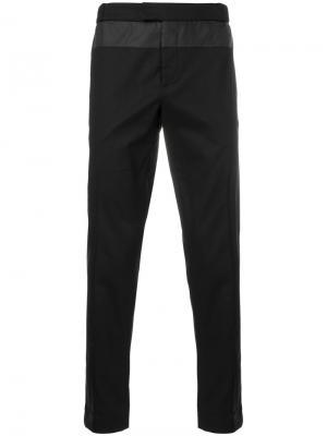 Классические приталенные брюки Les Hommes Urban. Цвет: чёрный