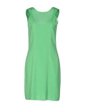 Короткое платье NEERA. Цвет: светло-зеленый