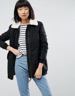 Parka London Пальто с воротником из искусственного меха Karin. Цвет: черный