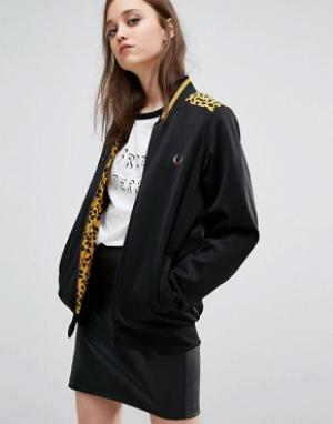 Fred Perry Спортивная куртка с леопардовым принтом на кокетке Bella Fr. Цвет: черный