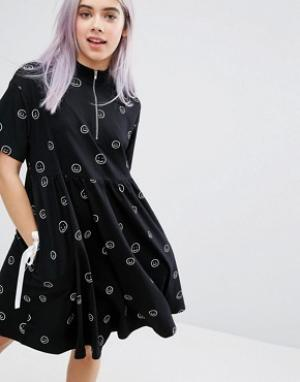 Lazy Oaf Платье-футболка с молнией. Цвет: черный