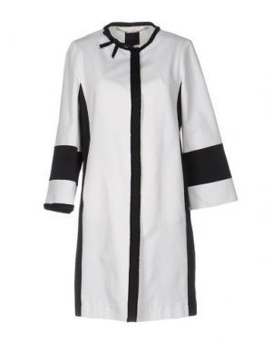 Легкое пальто SILK AND SOIE. Цвет: белый