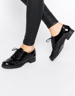Office Кожаные туфли на толстой плоской подошве со шнуровкой Foal. Цвет: черный