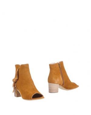 Полусапоги и высокие ботинки STYLESNOB. Цвет: желто-коричневый