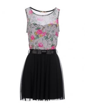 Короткое платье PDK. Цвет: серый