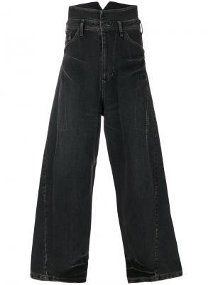 Широкие джинсы Julius. Цвет: серый