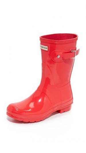 Оригинальные короткие блестящие сапоги Hunter Boots. Цвет: яркий коралловый