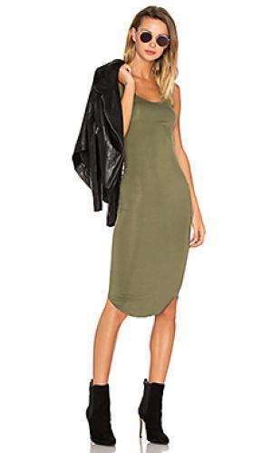 Спортивное платье BLQ BASIQ. Цвет: зеленый
