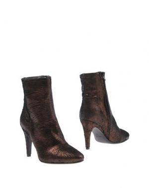 Полусапоги и высокие ботинки FIORIFRANCESI. Цвет: какао