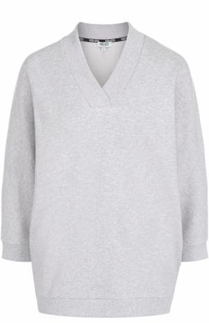 Пуловер с V-образным вырезом и контрастной надписью на спинке Kenzo. Цвет: серый