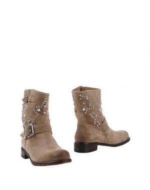 Полусапоги и высокие ботинки TWO 6 SHOES. Цвет: серый